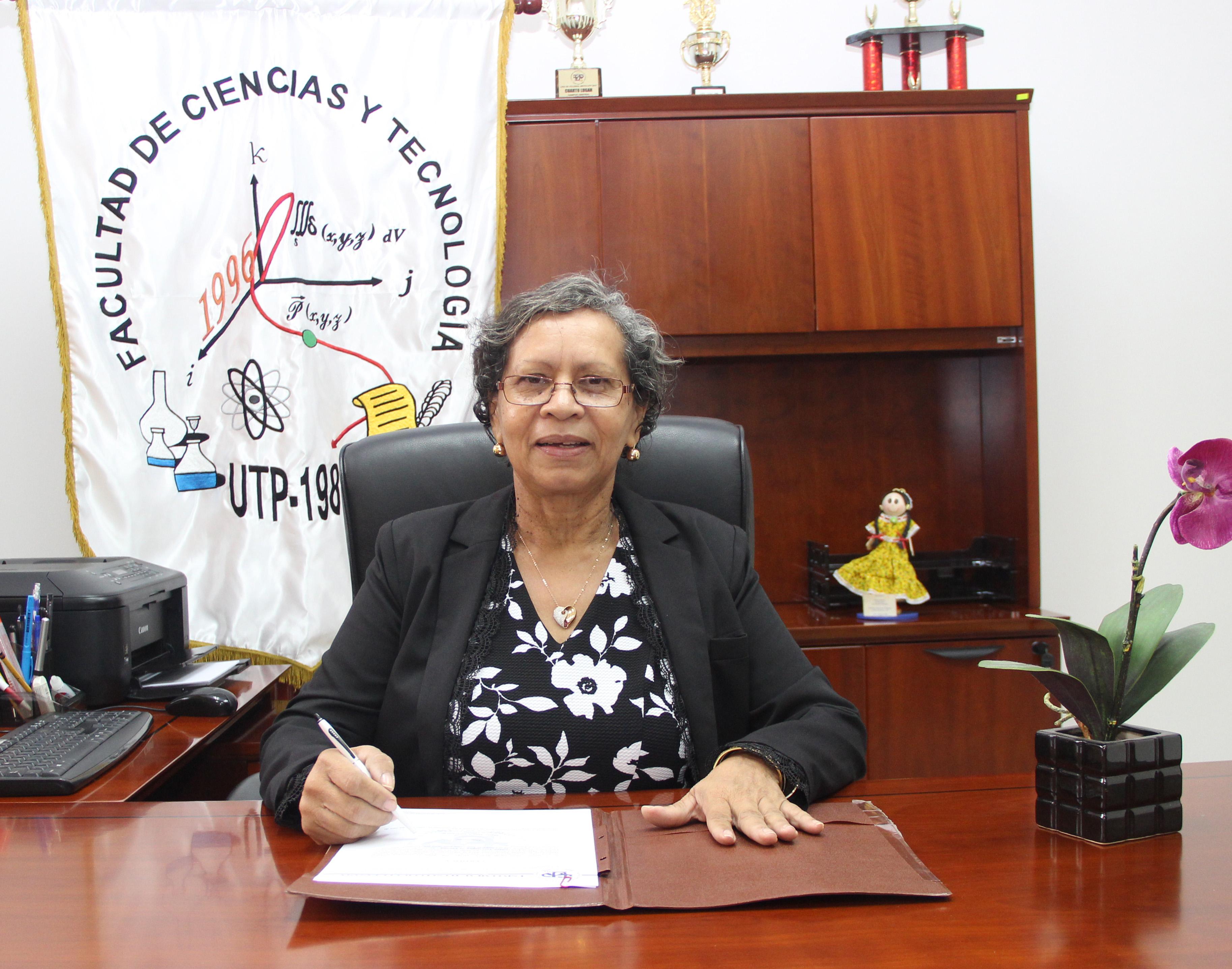 Jefa de Departamento Mgtr. Blanca Sánchez
